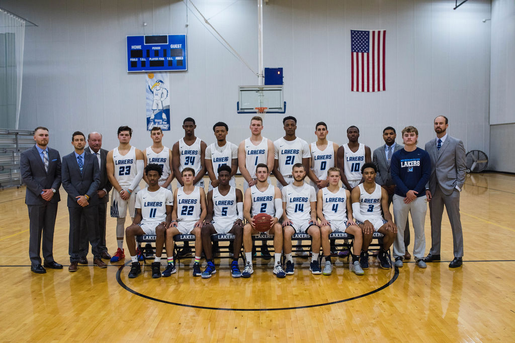 2018-2019 Men's Basketball Team
